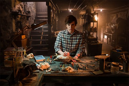 bates-motel-taxidermy