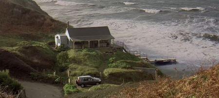 beach-hut-Half-Light-